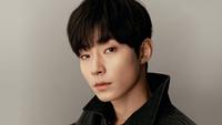 Hwang InYoup