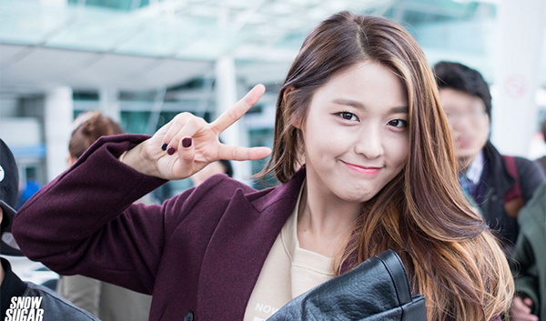 Airport Fashion )) SEOLHYUN (AOA)