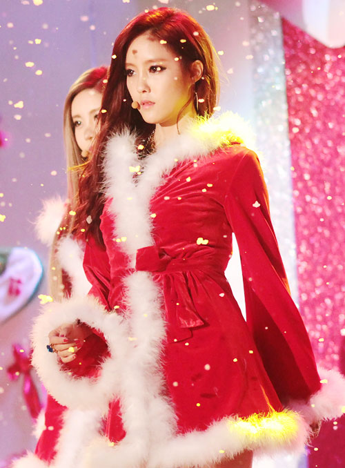 10 Things About Idol Girls In Sexy Santa Costumes • Kpopmap