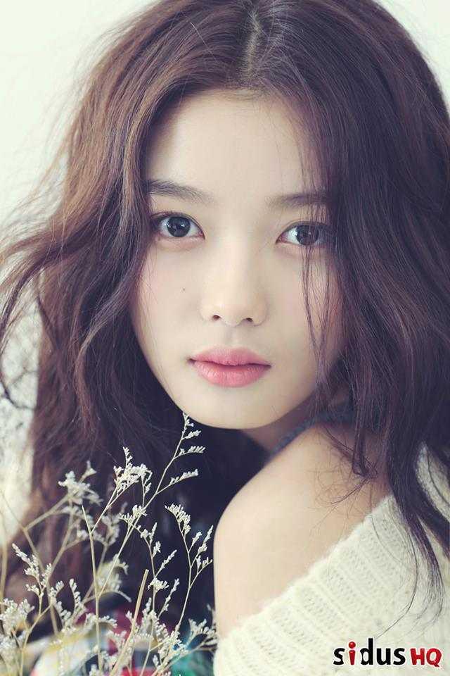 2016 Korean Actress Kim Yoo Jung