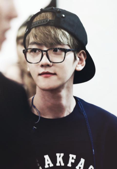 Stunning EXO Wearing Glasses Photos Kpopmap
