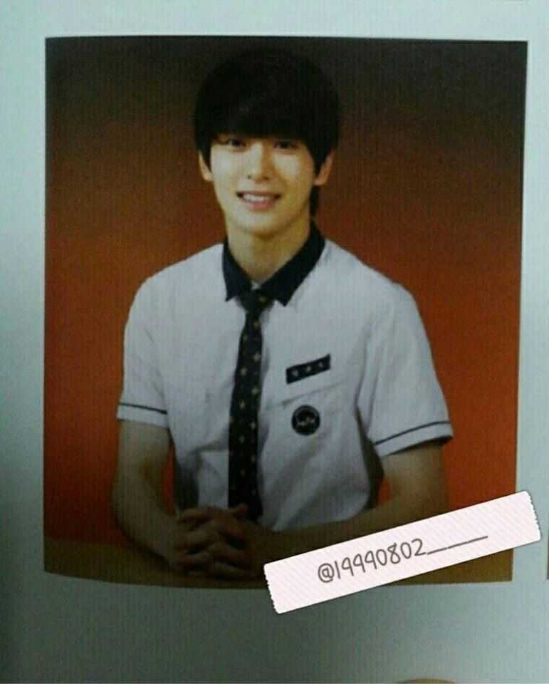 nct jaehyun high school graduation yearbook photo