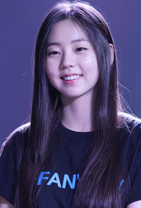 Kpop Beauty Kbeauty Hairstyles Idol Hair