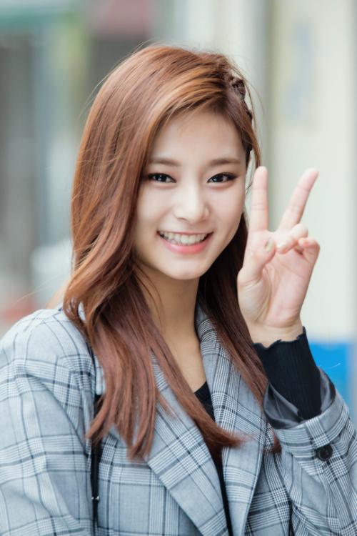 K Pop Poll Next Non Korean Queen Idol In K Pop Kpopmap