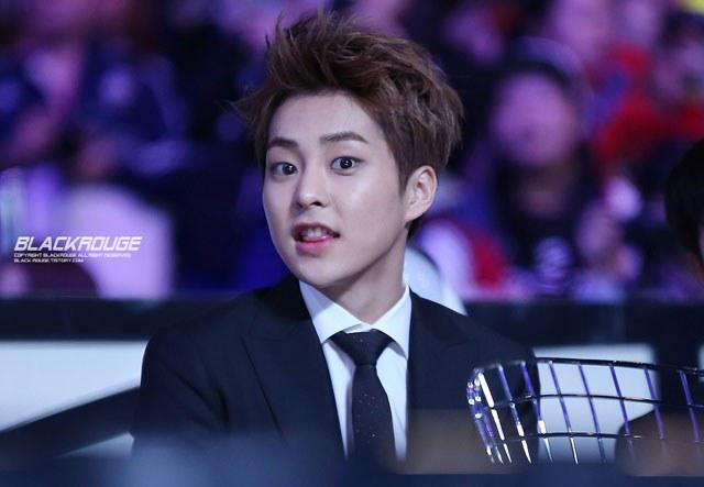 kpop habits, kpop idol habits, kpop cute idols, xiumin cute habit, xiumin habit, xiumin tongue, xiumin tongue habit