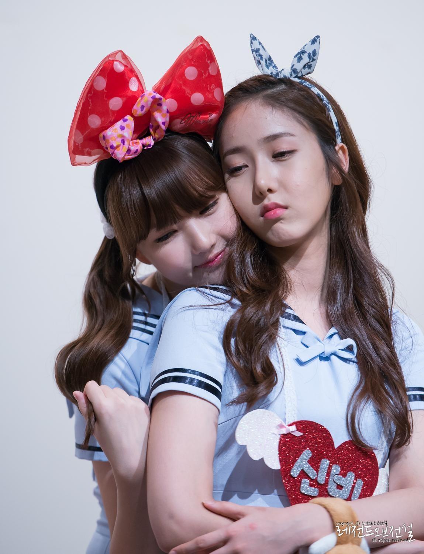 Kpop: 9 K-Pop Idols Obsessed With Loving Skinship