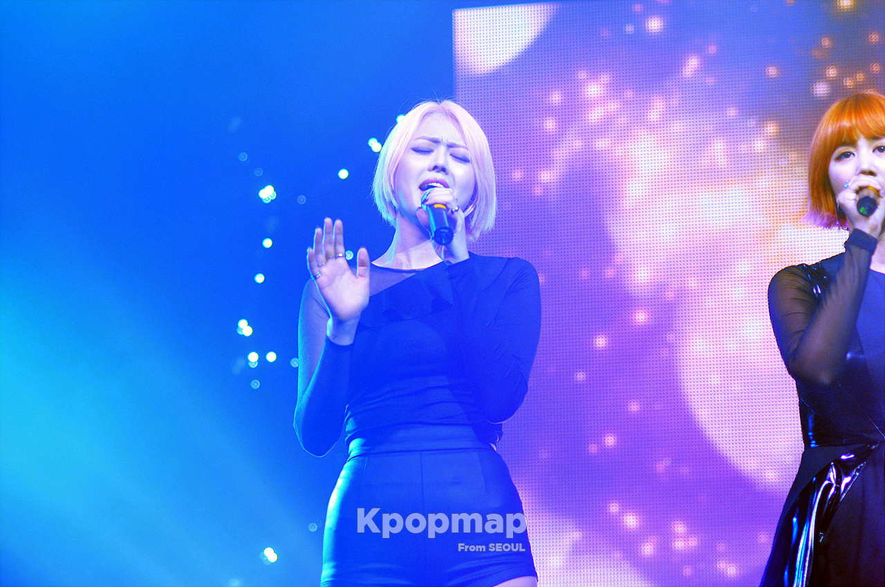 spica 2016 comeback showcase secret time, spica secret time showcase photo shoot, 2016 kpop comeback girl group, bohyung girl spirit