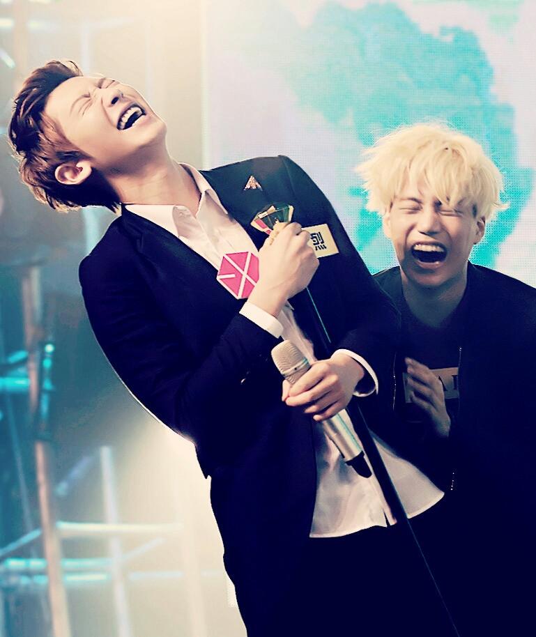 kpop idols laughing, kpop idols laugh, kpop laughing, happy laughing, laughing, chanyeol laugh, kai laugh