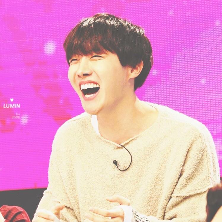 kpop idols laughing, kpop idols laugh, kpop laughing, happy laughing, laughing, jhope laugh