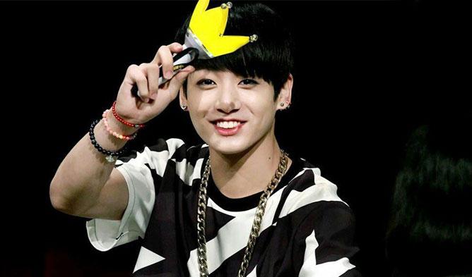 kpop idols, kpop idols who are fans, kpop fans, bts fan, winner fan, seventeen fan, gfriend fan, mammoo fan, b1a4 fan