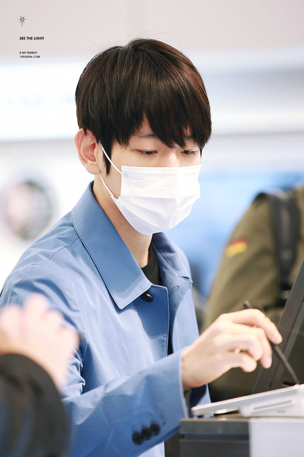 K-Pop Idol With Fabulous Airport Fashion: EXO BaekHyun ...