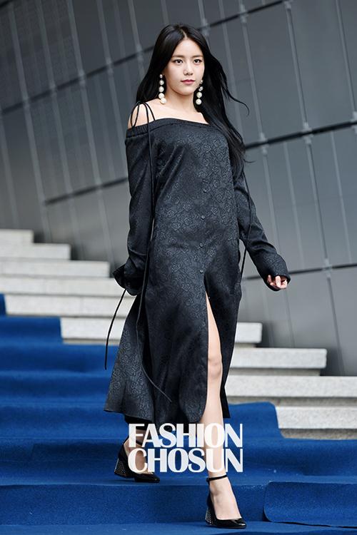 21 Best Dressed K Pop Idols During Seoul Fashion Week S S