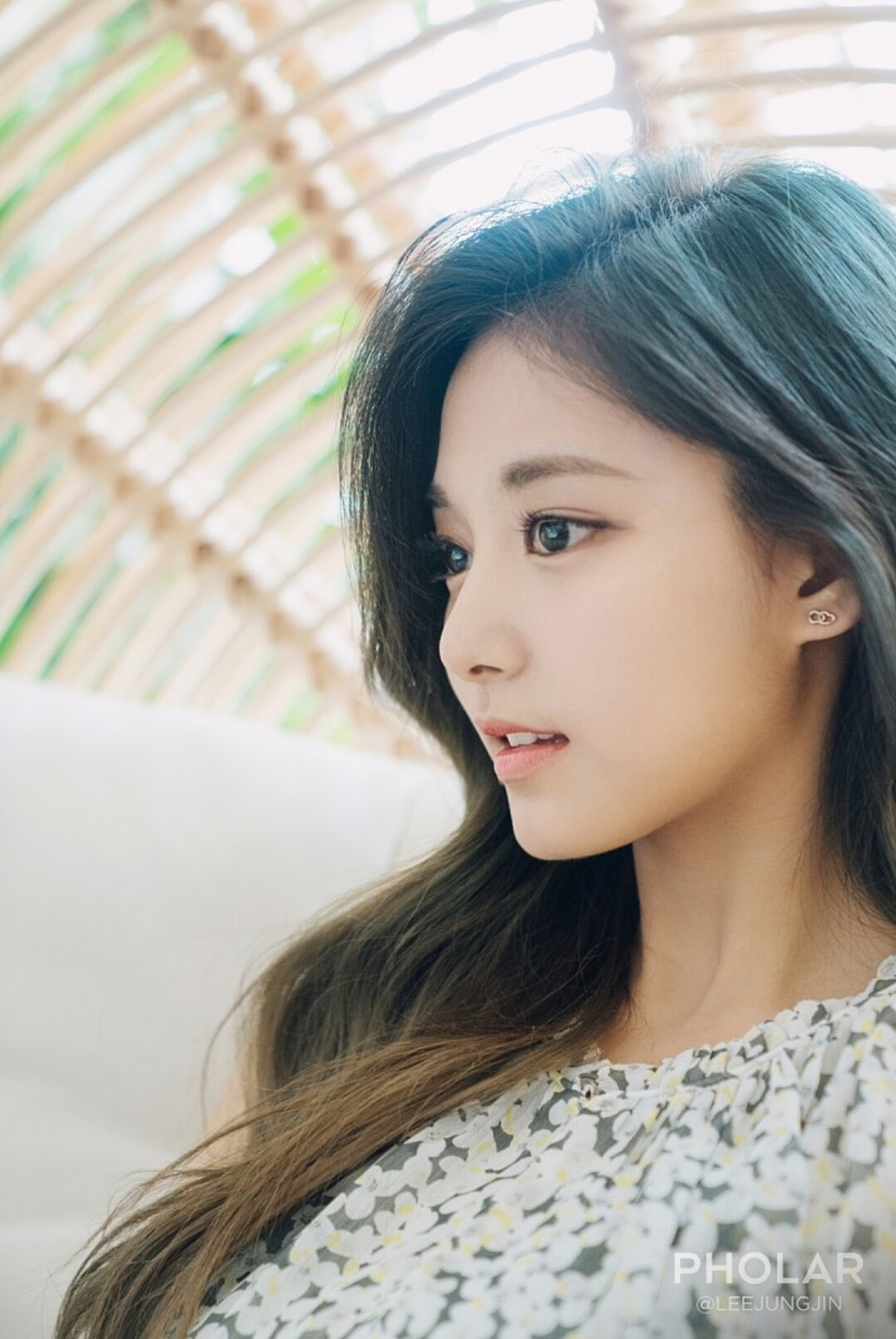 21 K-Pop Idol Girls With Gorgeous Side Profiles | Kpopmap