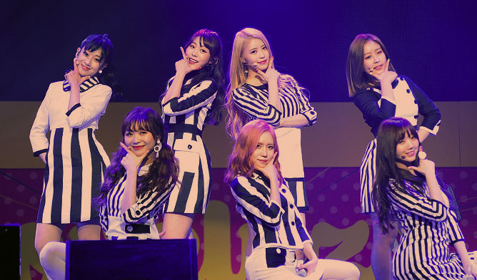 Lovelyz, lovelyz showcase, lovelyz 2017, kpop lovelyz, lovelyz r u ready, lovelyz wow, lovelyz profile, lovelyz comeback