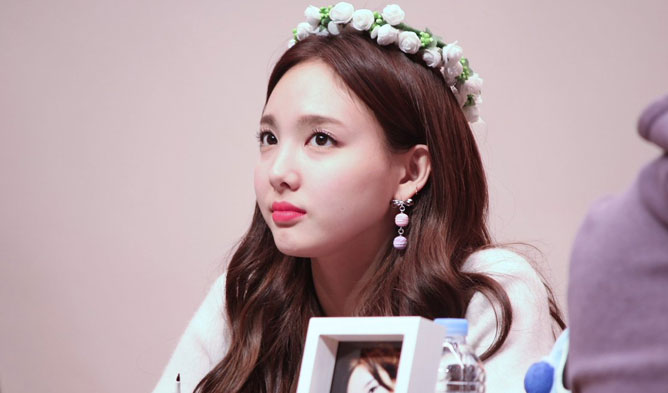 NaYeon, NaYeon of Twice, NaYeon cheeks, NaYeon Cute