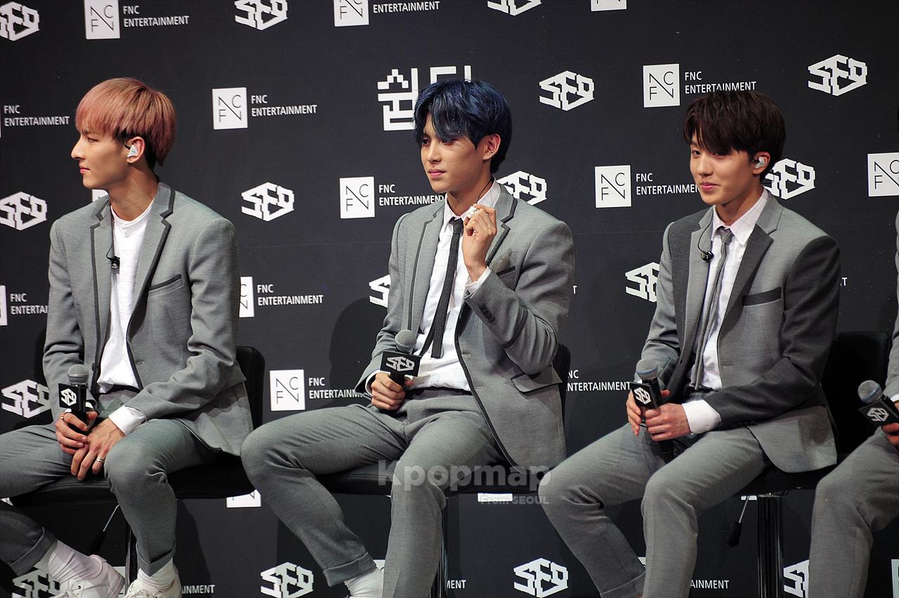 sf9, sf9 breaking sensation, sf9 easy love, sf9 comeback, sf9 2017, sf9 showcase, sf9 easy love comeback stage, kpop sf9