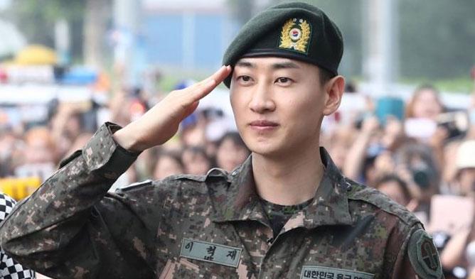 EunHyuk, Super Junior, EunHyuk Military Discharge, Super Junior Comeback