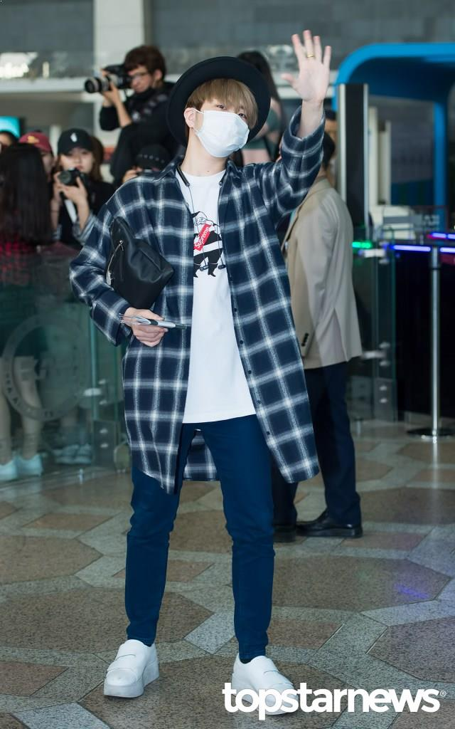 got7 youngjae, youngjae flannel, got7 flannel