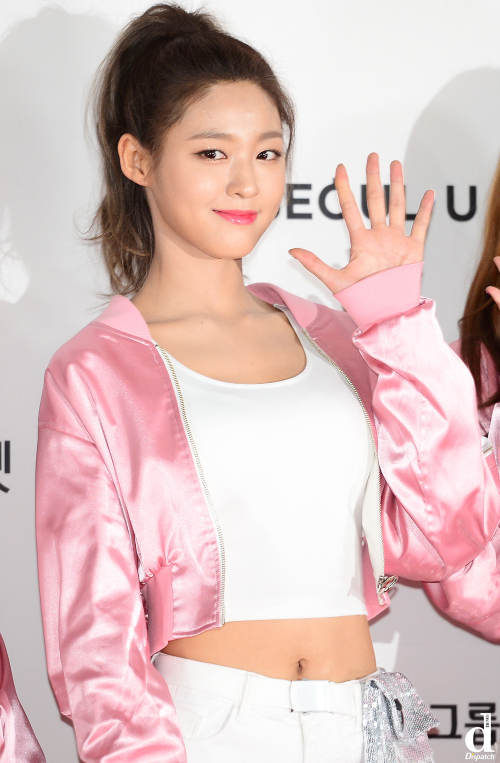 Top 11 Girl Idols Looking Cute And Chic As Ever In Pony