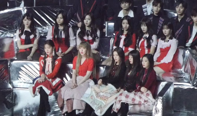 HyunA Melon Music Award, GFriend Reaction, Red Velvet Reaction, HyunA GFriend Reations, HyunA Red Velvet