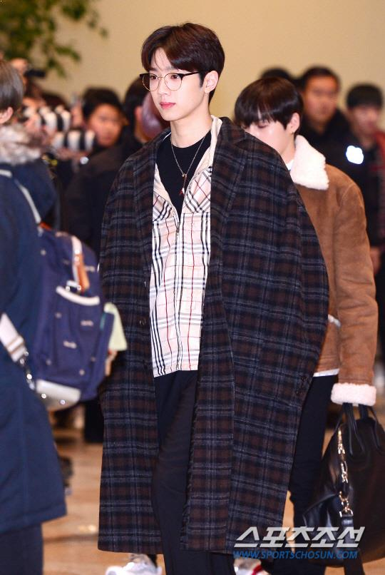 Lai KuanLin, Lai KuanLin Profile, Lai KuanLin Fashion, Wanna One, Wanna One Profile, Wanna One Lai KuanLin, Wanna One Fashion, KPop Fashion, KPop Idol Fashion