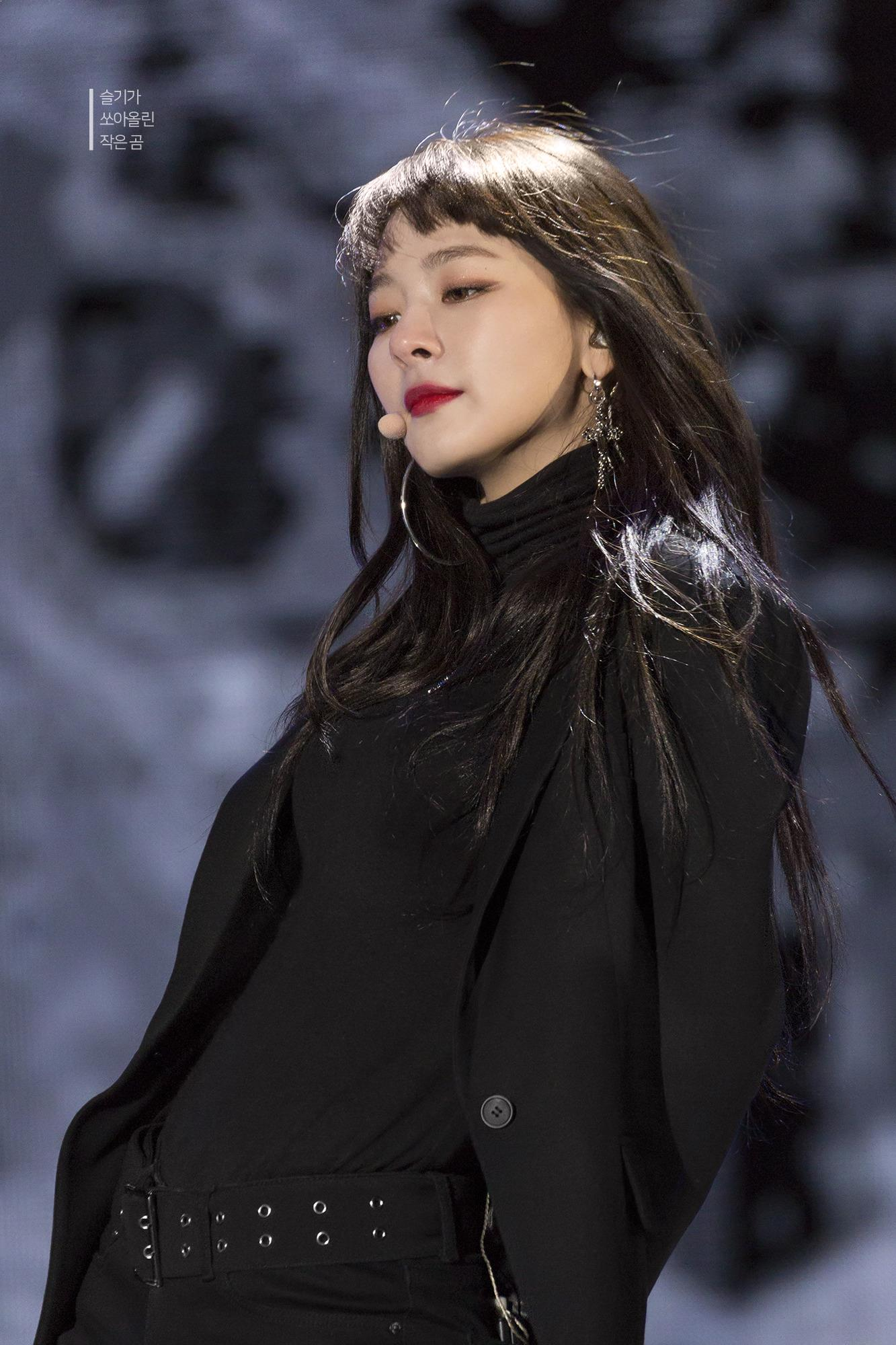 SeulGi, SeulGi Profile, SeulGi All Black, Red Velvet SeulGi