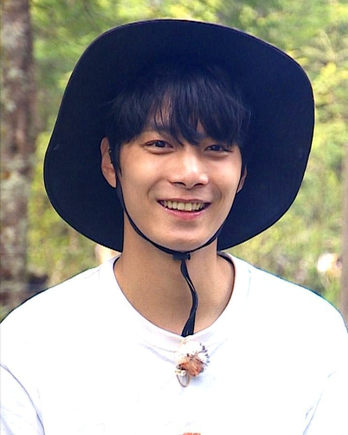 LAW OF THE JUNGLE HANDSOME, LAW OF THE JUNGLE IDOL, LAW OF THE JUNGLE IKON YUNHYEONG, LAW OF THE JUNGLE NCT JAEHYUN, LAW OF THE JUNGLE CNBLUE LEE JONGHYUN, LAW OF THE JUNGLE GOT7 JB, LAW OF THE JUNGLE VICTON BYUNGCHAN, LAW OF THE JUNGLE MONSTA X MINHYUK, LAW OF THE JUNGLE KPOP, LAW OF THE JUNGLE NUEST JR, LAW OF THE JUNGLE NUEST JONGHYUN, LAW OF THE JUNGLE SF9 ROWOON