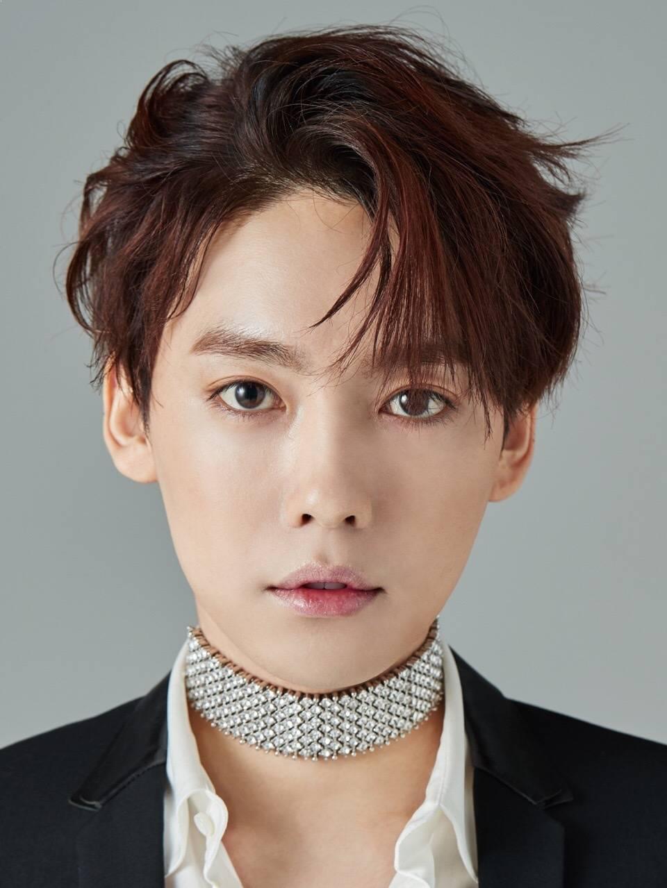 Male K-Pop Idols With The Prettiest Eyebrows • Kpopmap