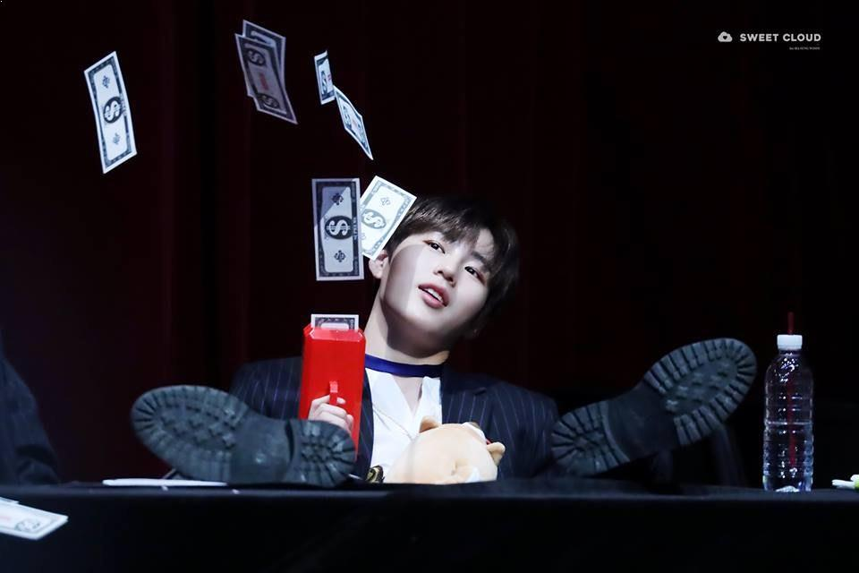 Ha SungWoon, Ha SungWoon Profile, Ha SungWoon Money Gun, KPop Idol Money Gun