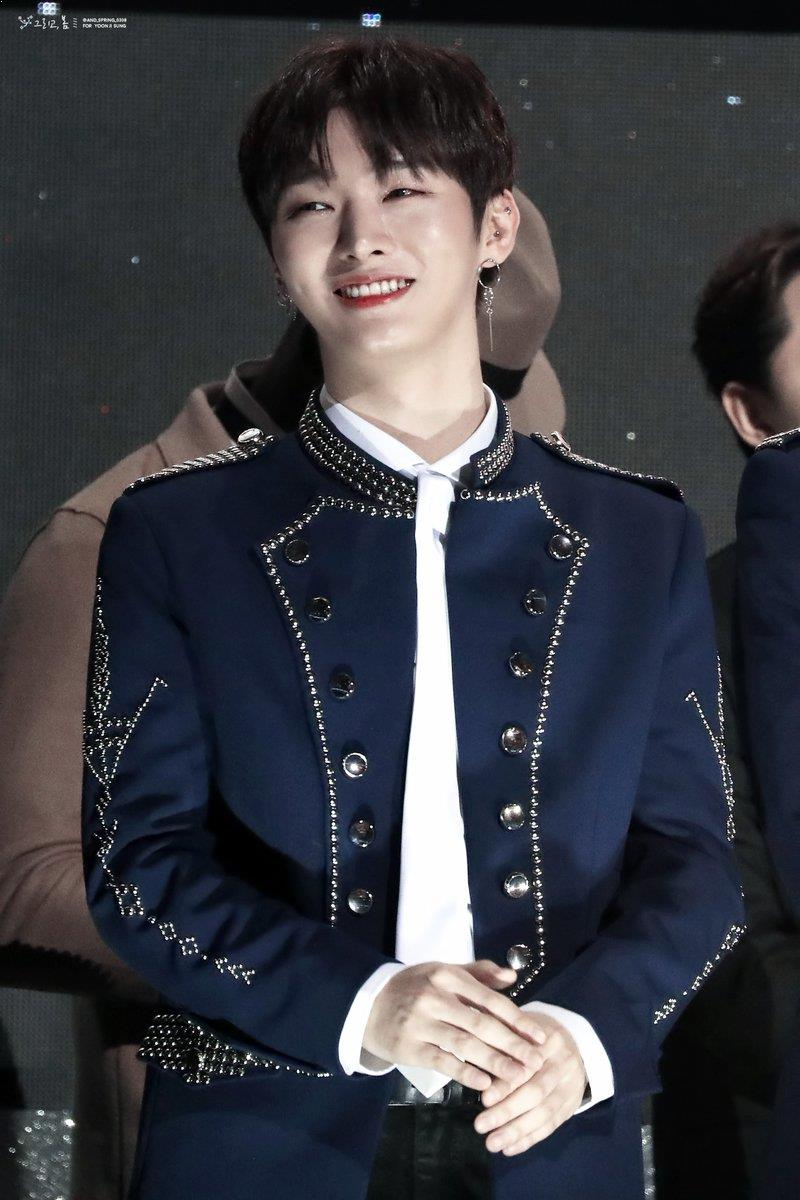 Yoon JiSung Earrings, Yoon JiSung Profile