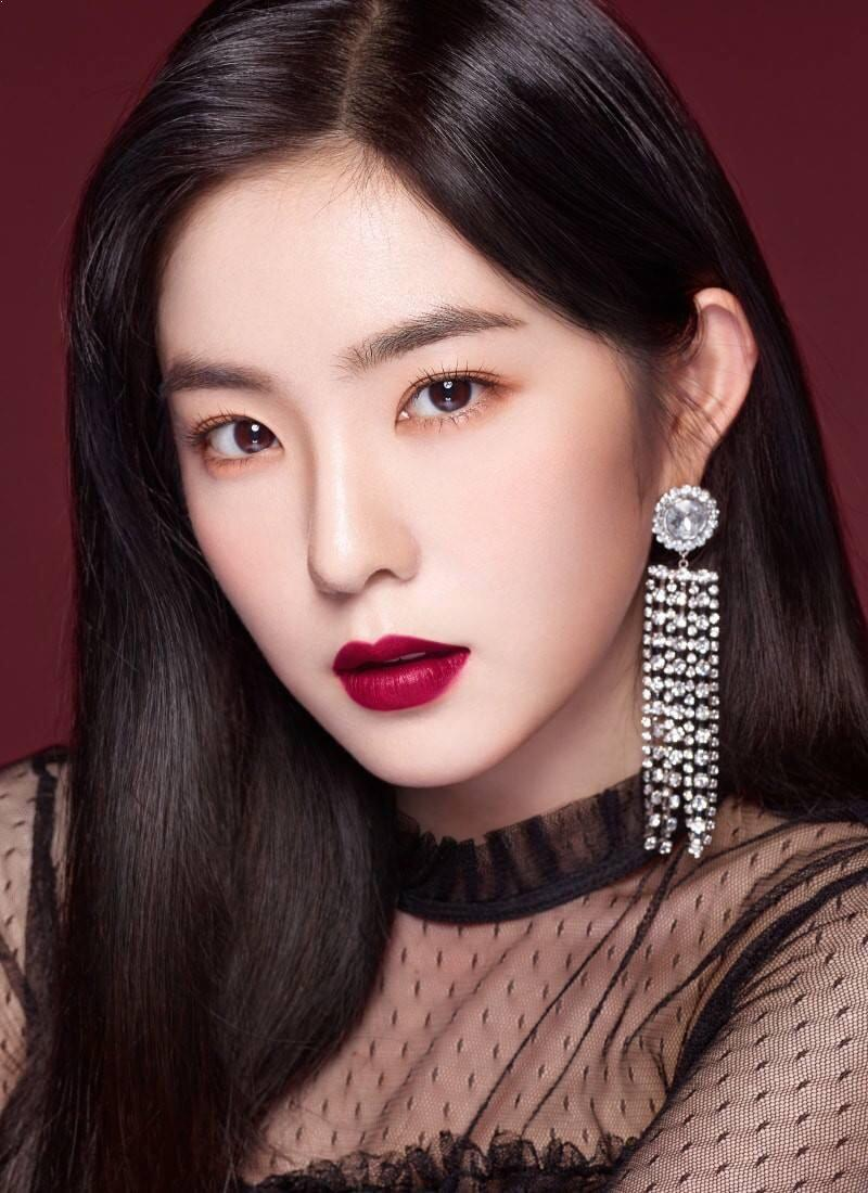 Which Red Velvet Member's 2018 Makeup Style Looks Best