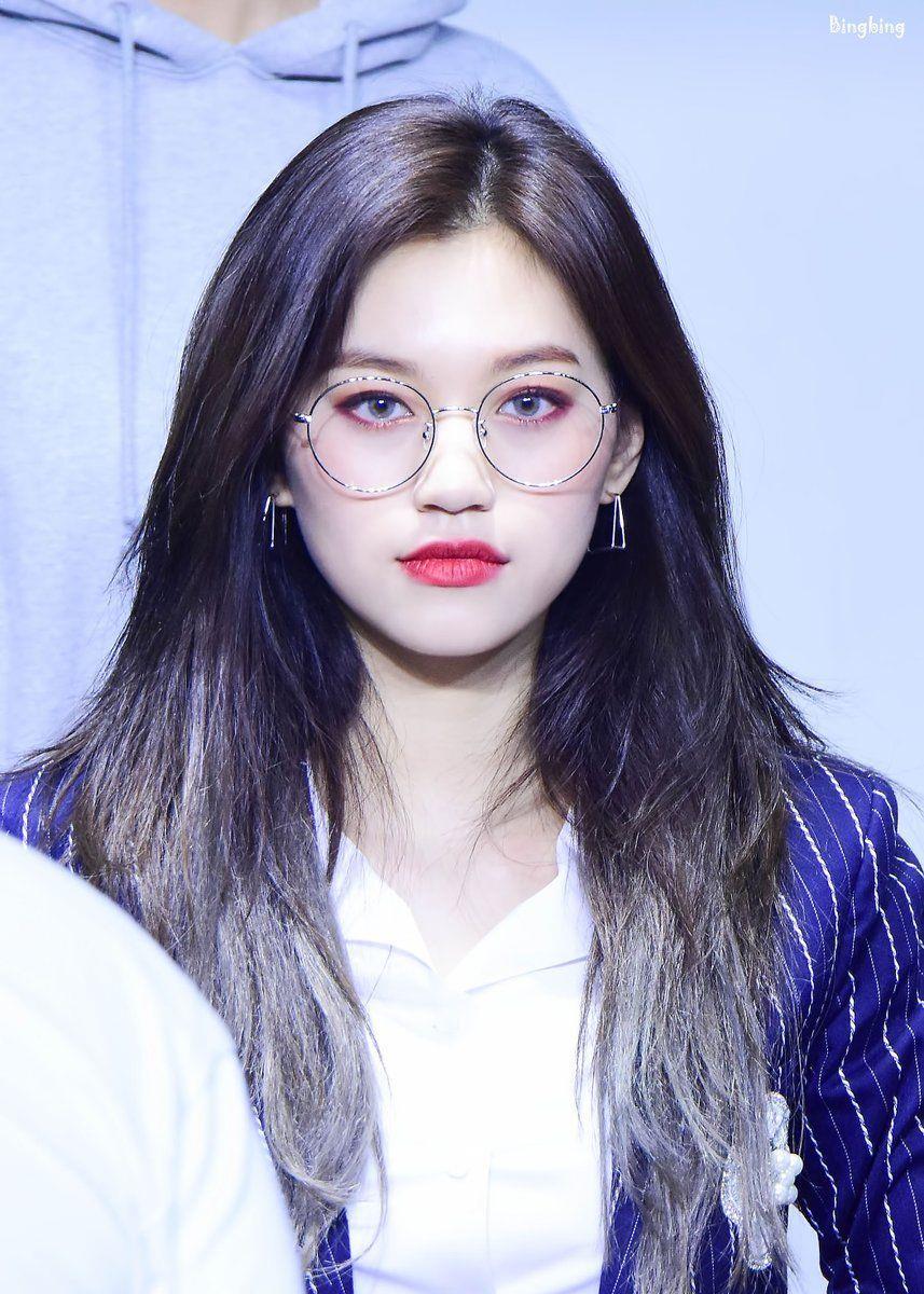 Weki Meki DoYeon Glasses, Weki Meki DoYeon, KPop Idol Glasses