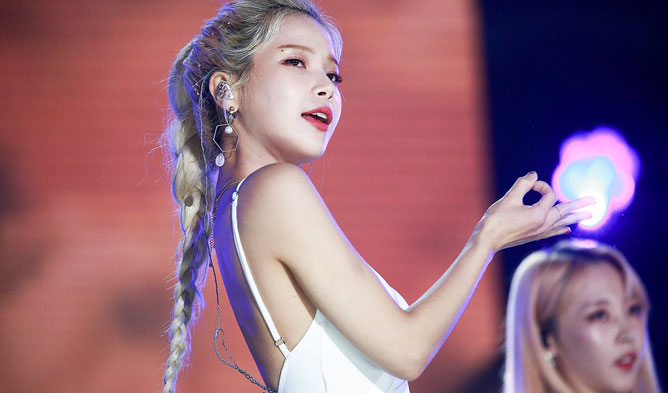 mamamoo solar, solar dream concert, solar sexy, solar beautiful, solar hair, solar fashion