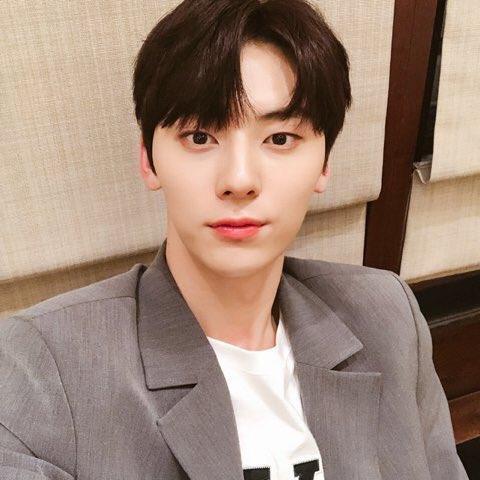 Hwang MinHyun, Hwang MinHyun Profile