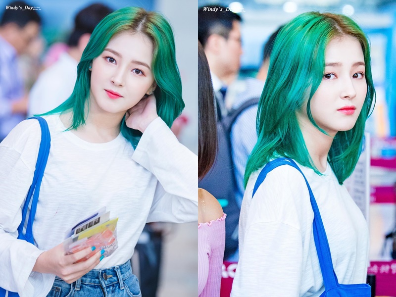Momoland S Nancy Goes For A Green Hairstyle Kpopmap