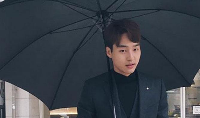 Yang SeJong, Yang SeJong actor, Yang SeJong umbrella