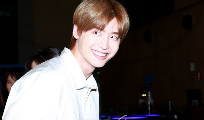 crank up lee jongsuk, lee jongsuk fashion 2018, lee jongsuk fanmeeting, lee jongsuk japan 2018