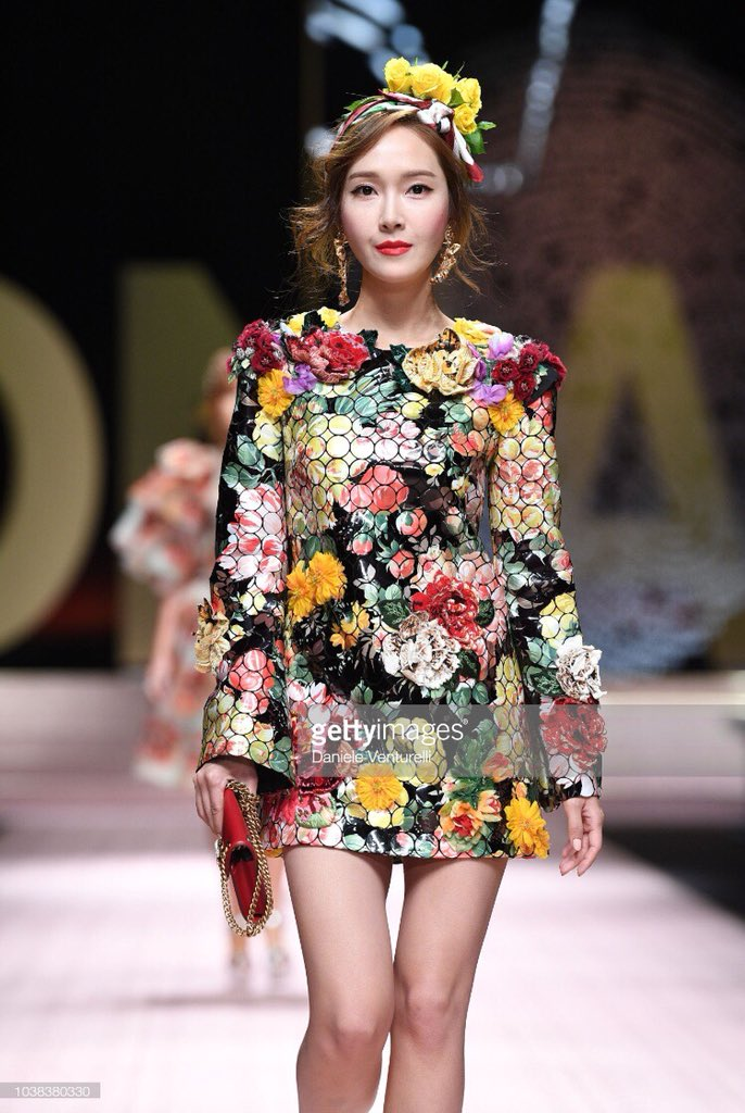 jessica airport jung autumn elegant milan week kpopmap gettyimages runway