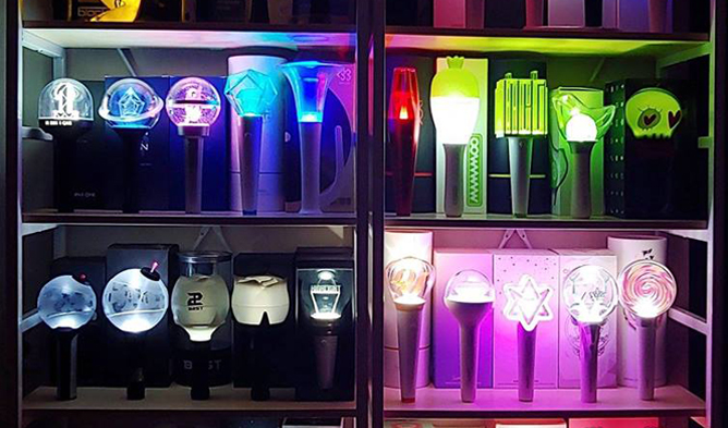 kpop light stick, lightstick, kpop, army bomb, candy bong, carat bong, infinite, block b,
