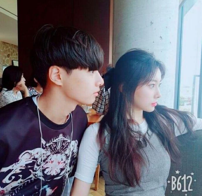 IZ*ONE Kang HyeWon's Younger Brother's Visuals Prove Good ...
