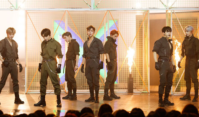 Reason Why Other Fandoms Are Envious At MONSTA X's Fans • Kpopmap
