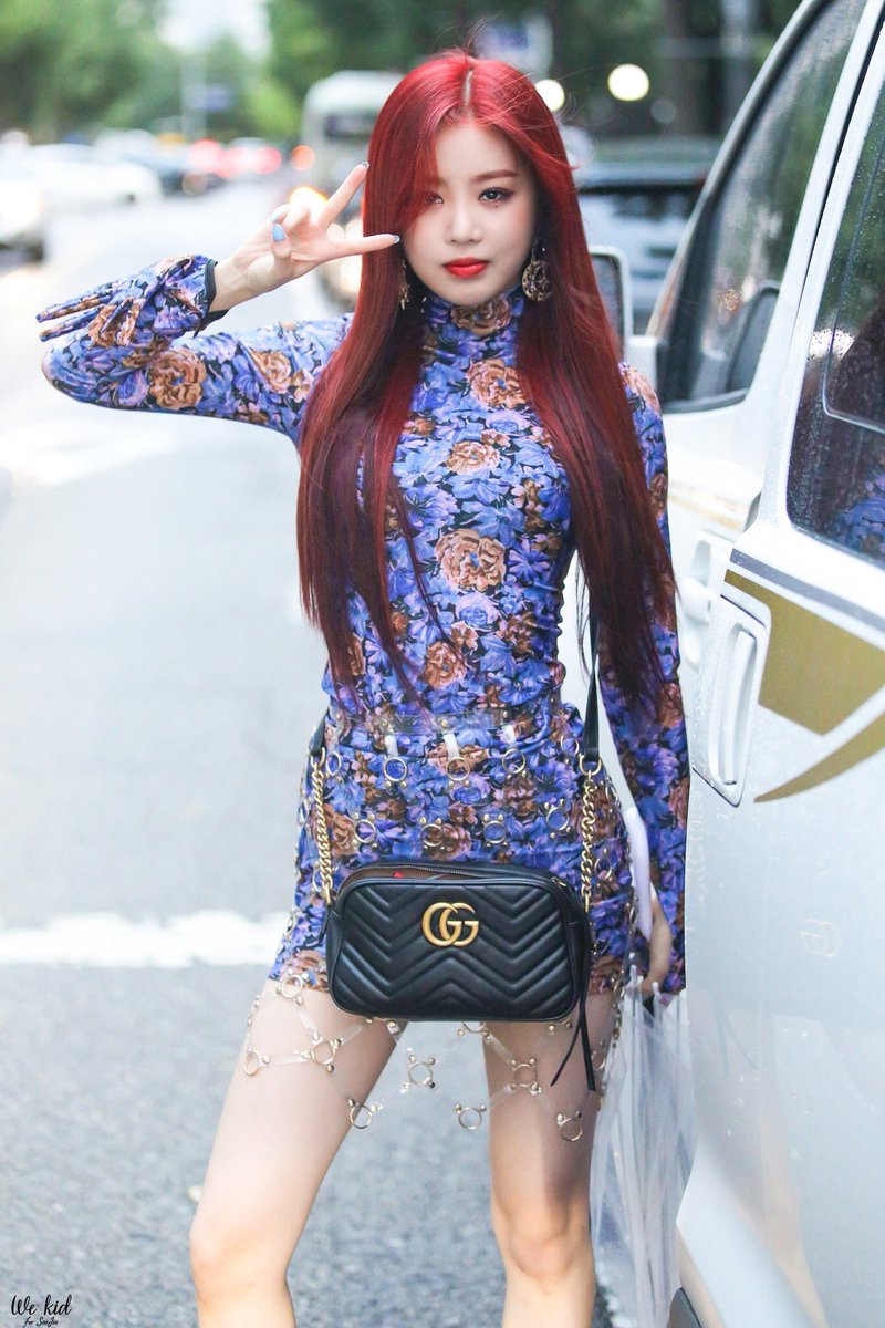 fashion boa, fashion gidle soojin, boa 2018, kpop idol fashion, dress