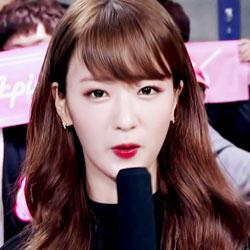 APINK Yoon BoMi profile