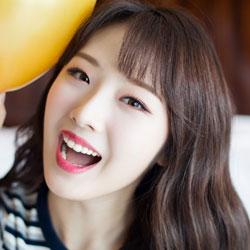 LOONA HaSeul profile