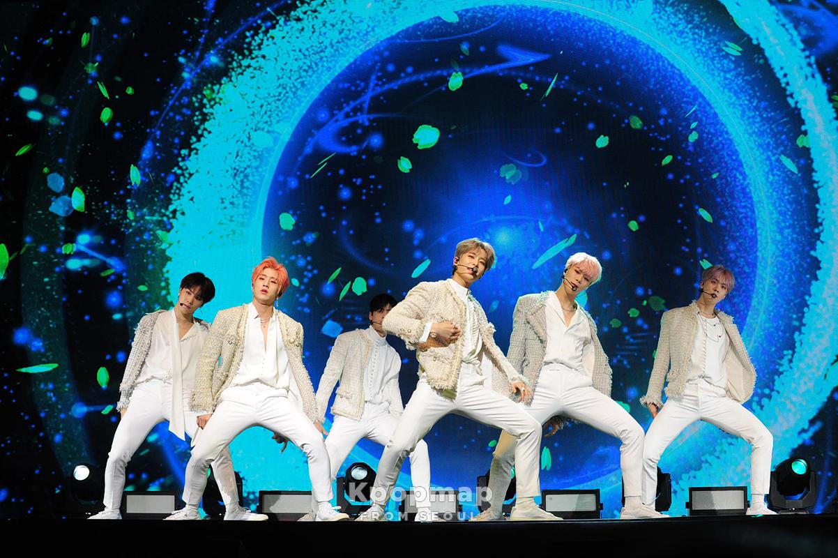 "Exclusive Review: ASTRO 1st Album ""All Light"" Press Showcase • Kpopmap"