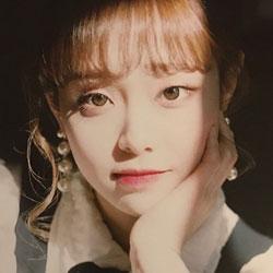 LOONA Chuu profile