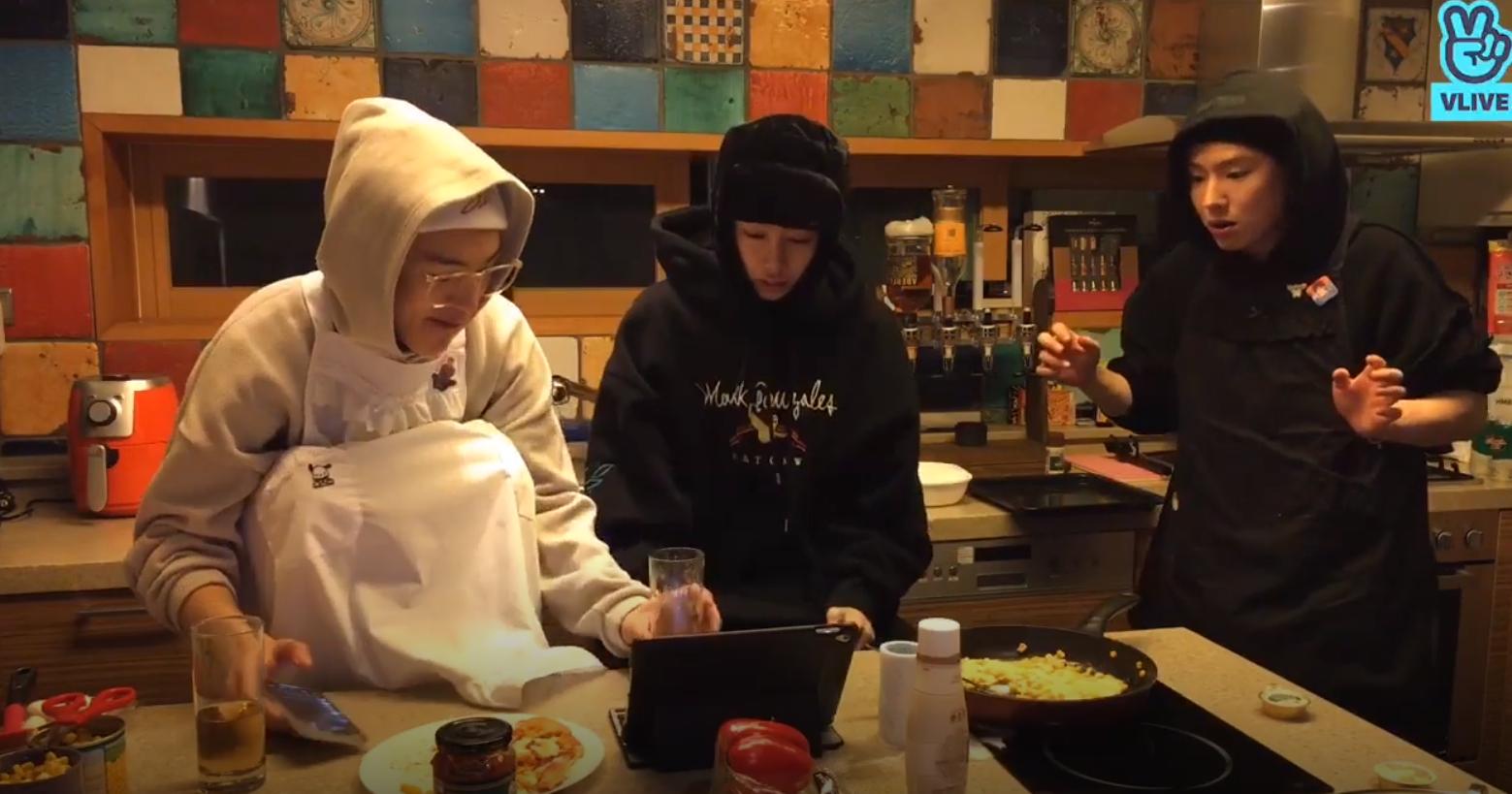 monsta x cooking, kihyun vlive, minhyuk vlive, kihyun minhyuk cooking