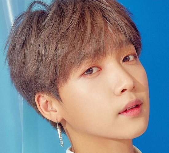Jung SeWoon profile