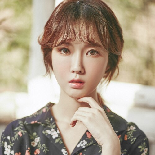Cho SeungHee profile