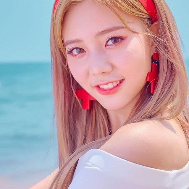 DIA EunChae profile